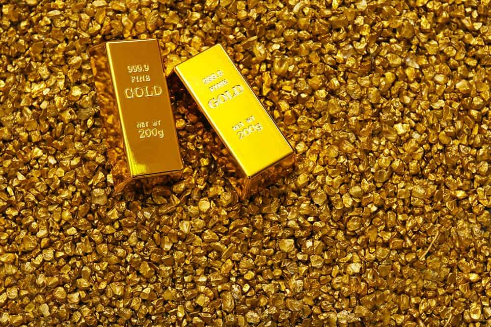 Gold Prices Edge In Lower Positions The First Trading Session As Asian Stocks Were Bullish Amidst Political Worries That Are Resulted By U S